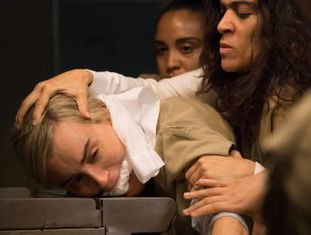Quarta temporada da série estreia na Netflix nesta sexta-feira, mais violenta do que nunca