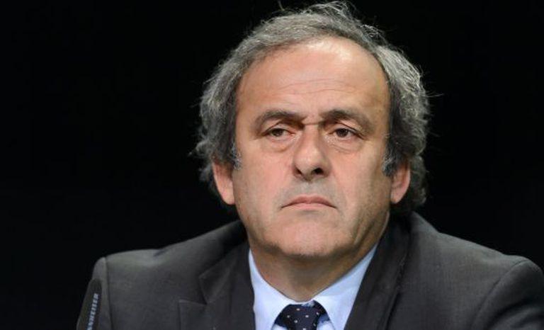 Michel Platini em entrevista coletiva em maio.