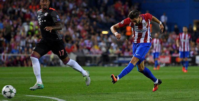 Carrasco marca contra o Bayern.