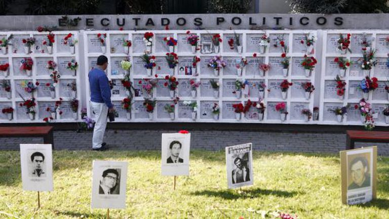Monumento aos detidos desaparecidos no Chile.