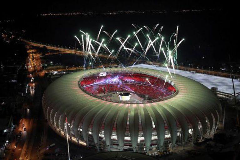 Vista aérea do estádio Beira-Rio, uma das arenas da Copa.
