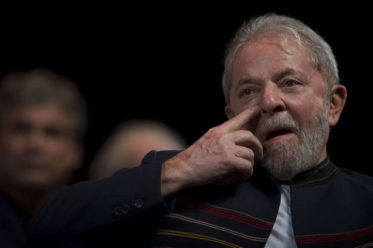 Ex-presidente Lula durante reunião