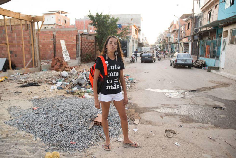 A mãe do adolescente Marcus Vinicius da Silva, morto após ser baleado na Maré.