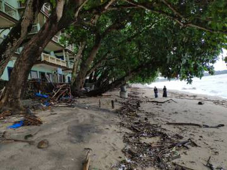 O térreo do Hotel Condominium Carita Beach, que foi totalmente devastado pelo tsunami de 23 de dezembro de 2018.