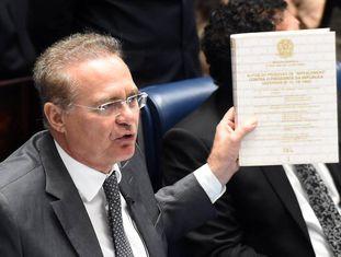 O presidente do Senado, Renan Calheiros, nesta terça.