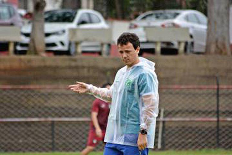 Fernando Diniz no Guarani de Campinas.