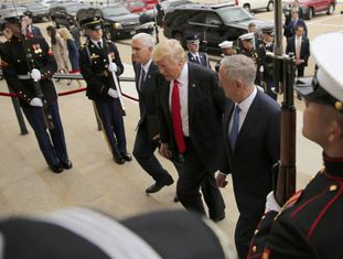 Trump e Mattis chegam nesta sexta-feira ao Pentágono.