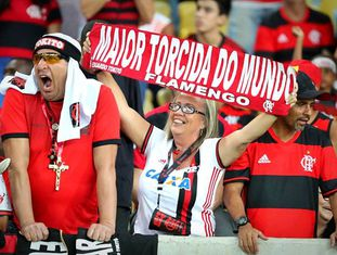 Torcedores do Flamengo nas arquibancadas do Maracanã.