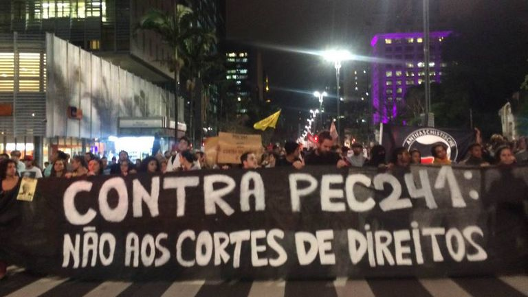 Ato em São Paulo, nesta segunda.