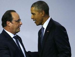 Hollande (esquerda) e Barack Obama na COP21.