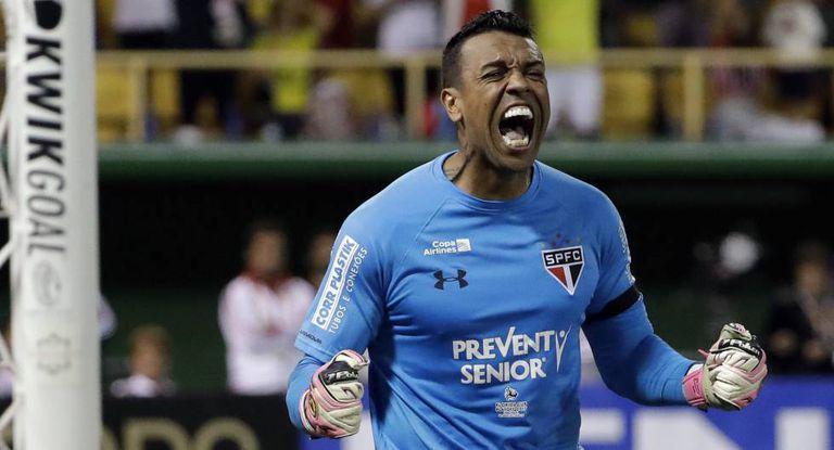 Sidão, o herói do São Paulo na disputa de pênaltis.