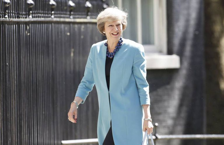 Theresa May chega ao 10 de Dowing Street.