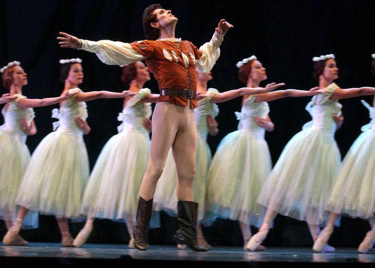 'A Magia da Dança', do Ballet Nacional de Cuba, representada no teatro Albéniz de Madri em 2002.