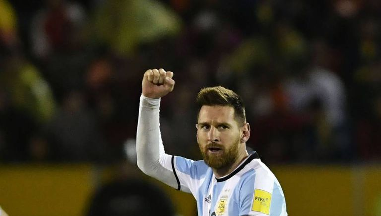 Messi comemora classificação da Argentina na última rodada das eliminatórias.