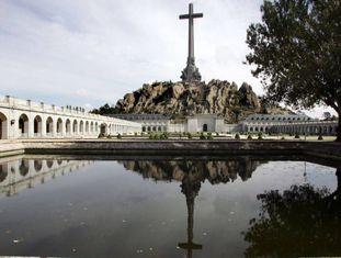 Vista da cruz no Vale dos Caídos.