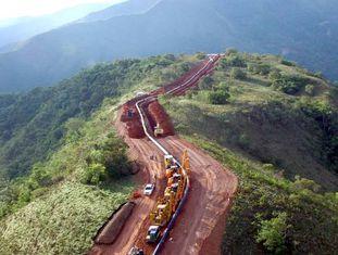 Obras em um trecho do Gasoduto do Sul no Peru.