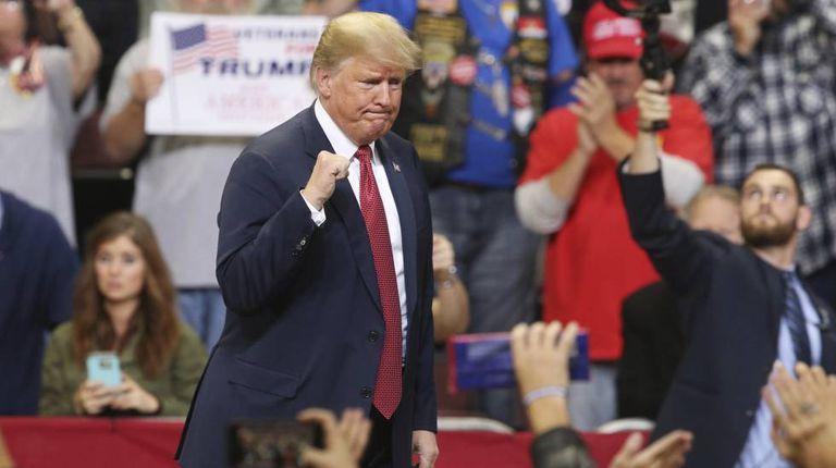 Donald Trump em um comício em 4 de outubro, em Minnesota