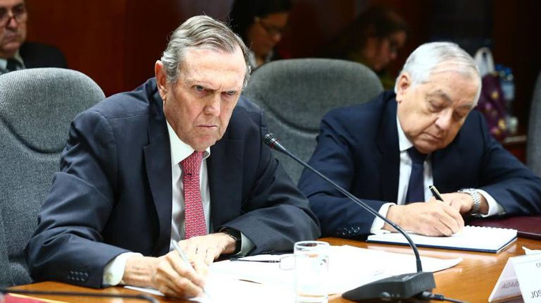 José Graña Miró Quesada (esquerda), na comissão investigadora da Lava Jato
