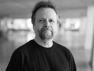 O escritor Cristóvão Tezza