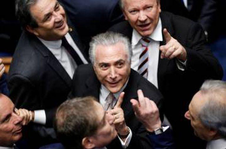 Michel Temer ao tomar posse como presidente em 31 de agosto, no Congresso.