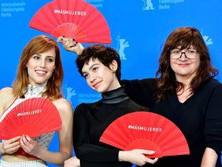 Da esq. para a dir., Natalia de Molina, Greta Fernández e Isabel Coixet na Berlinale