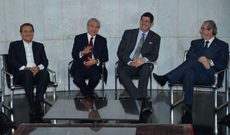 Calheiros, Temer, Levy e Cunha em encontro na segunda-feira.