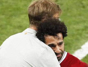Klopp consola Salah.