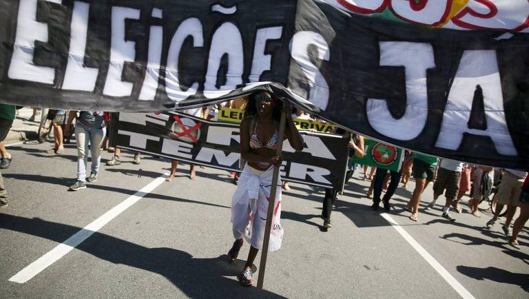 Manifestante defende Eleições Já em ato deste domingo no Rio