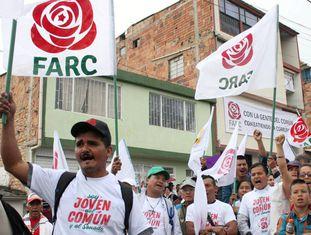 Simpatizantes do partido da ex-guerrilha das FARC no ato de campanha para as eleições legislativas na Colômbia