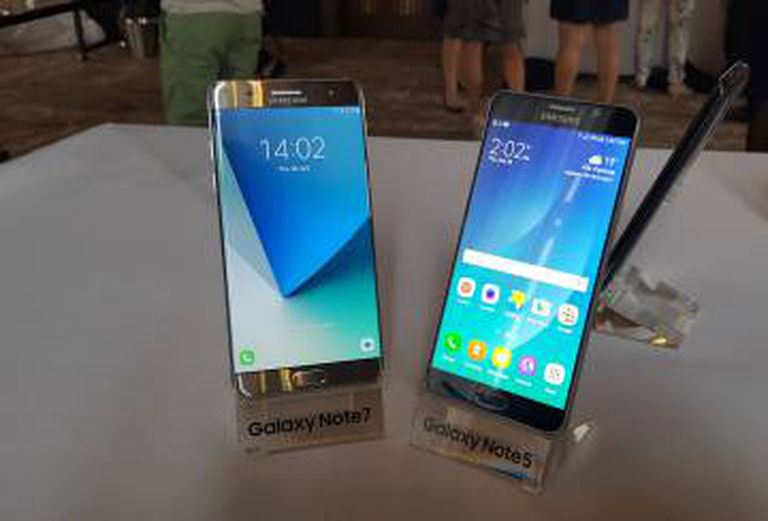 Comparativo do Galaxy Note 7 e do Note 5.