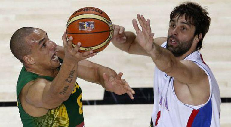 Alex Garcia e Teodosic.