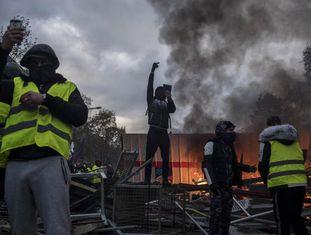 Protesto dos 'coletes amarelos' em Paris, 24 de novembro de 2018.