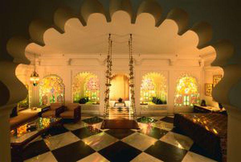 Um quarto do luxuoso Taj Lake Palace, em Udaipur (Índia).