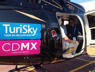 O helicóptero turístico da Cidade de México.