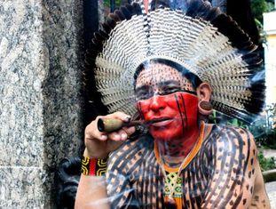 O pernambucano X'mayá Kaká Fulni-ô, guia do Museu do Índio do Rio de Janeiro.