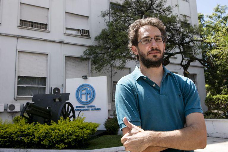 Andrés Cappa, economista despedido da empresa estatal Fabricaciones Militares.