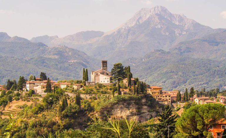 O enriscado povo de Barga, na Toscana.