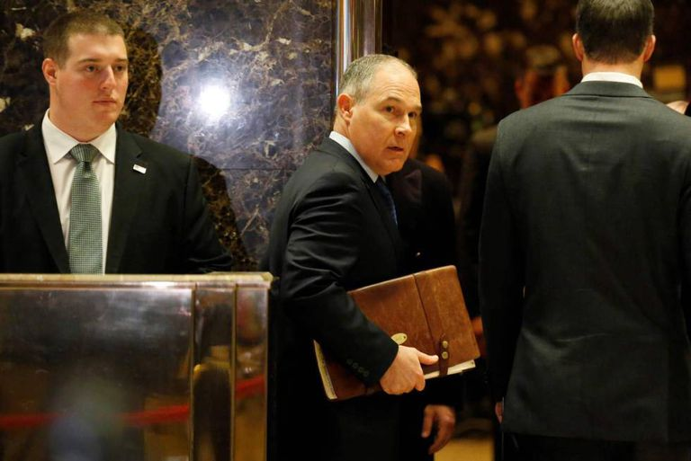 Scott Pruitt, em 7 de dezembro na Trump Tower.