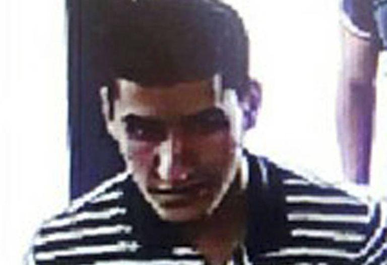 Younes Abouyaaqoub em fuga após o atentado em Barcelona
