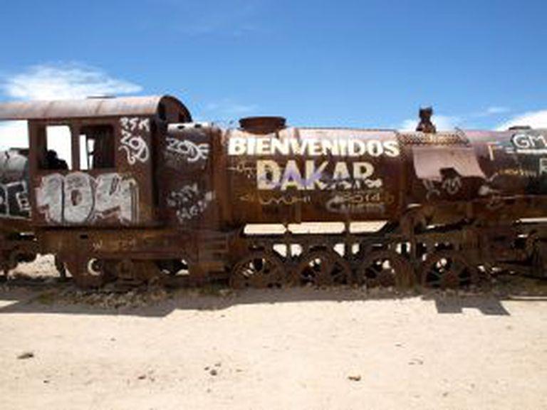Locomotiva abandonada no povoado de Uyuni (Bolivia), vestígio da desaparecida indústria de mineração.