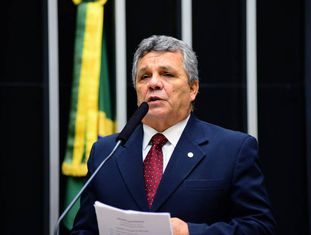 O deputado Alberto Fraga, do DEM.