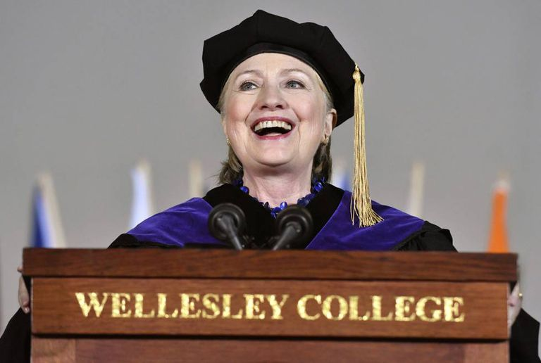 Ex-secretária de Estado Hillary