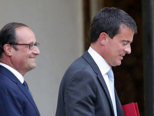 O primeiro-ministro francês, Manuel Valls, junto ao presidente Hollande.