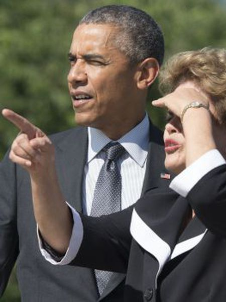 Obama e Rousseff durante visita a memorial de Martin Luther King
