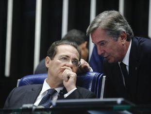 Renan Calheiros e Collor no Senado.