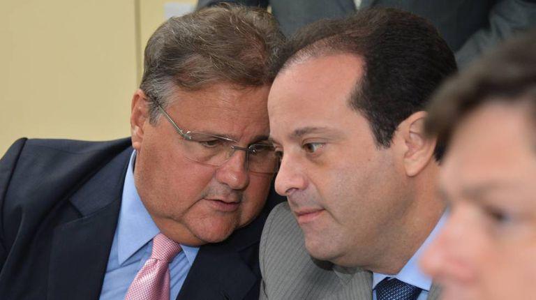 O ministro Geddel Vieira e o deputado André Moura.