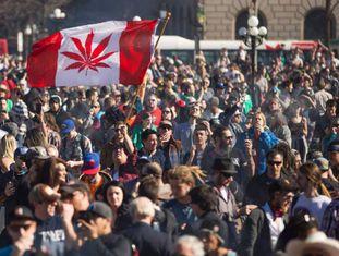 Manifestação pela legalização da maconha no Canadá.