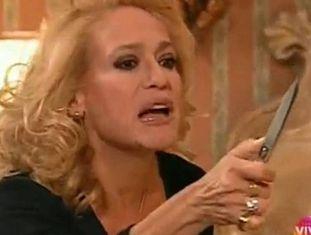 O personagem de Branca Letícia (Susana Vieira), em uma cena de 'Por amor'.