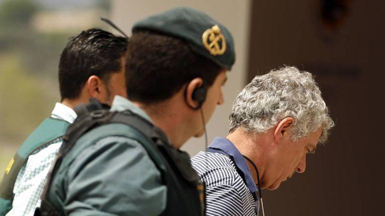 Guarda conduz Ángel María Villar preso