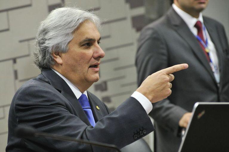 O senador Delcídio do Amaral.